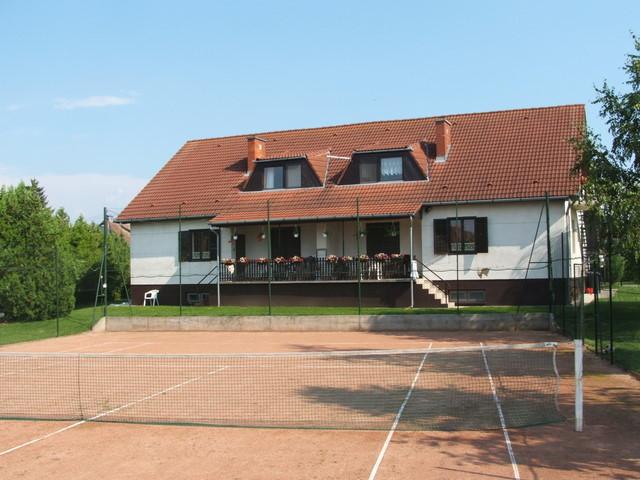 Teniszház - kép: #1